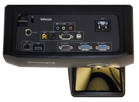 Ультракороткофокусные проекторы InFocus IN134UST и IN136UST – идеальное решение для работы с интерактивными досками