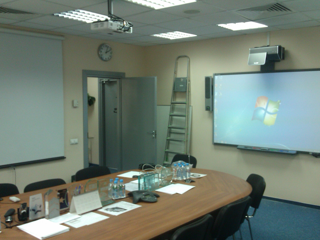 Установка интерактивной доски в учебной аудитории