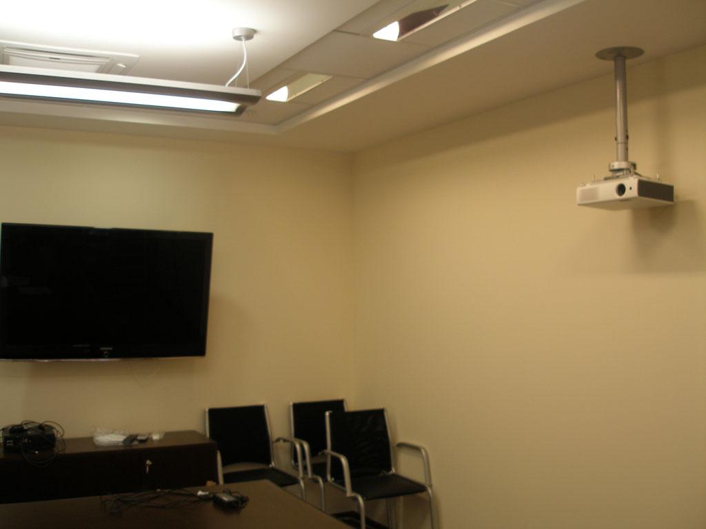 Трансформируемый офис (переговорная комната)