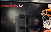 Peerless-AV представил решения для размещения и регулировки положения крупных дисплеев.